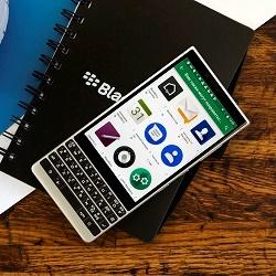 BlackBerry Key 2 — незаменимый для бизнесмена и интересный для остальных