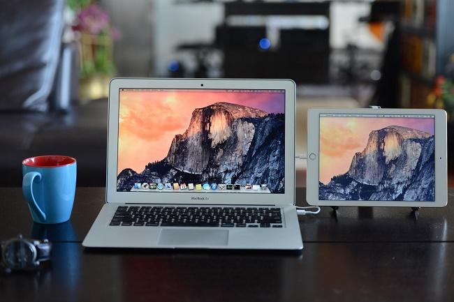 Экраны планшета и ноутбука