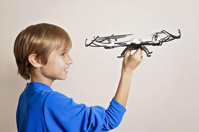 Квадрокоптер для ребенка