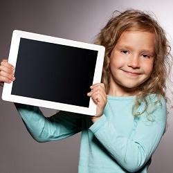 Планшет для ребенка: выбор с учетом возрастных особенностей