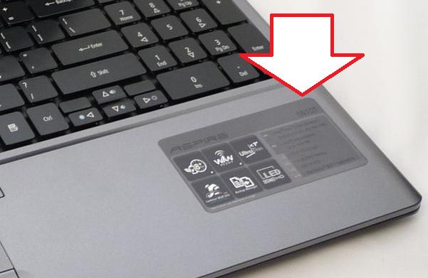 Наклейка на клавиатуре