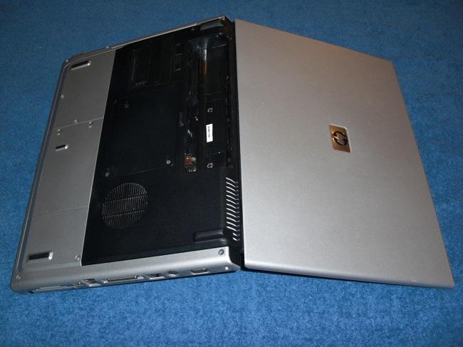 Перевернутый ноутбук