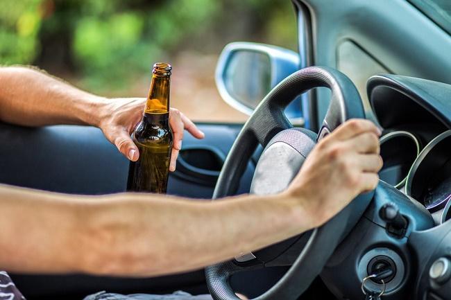 Водитель с пивом