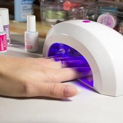 Как выбрать лампу для сушки гель-лака