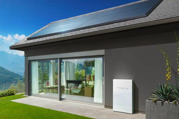 Tesla предлагает в аренду солнечные панели