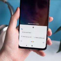 Google-ассистент теперь может вслух зачитывать сообщения, поступившие на WhatsApp