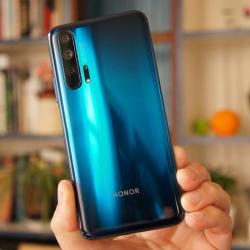 Новый Honor 20 Pro в максимальной комплектации приходит на российский рынок