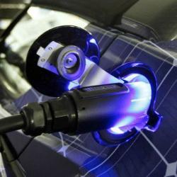 Новый способ зарядки электромобилей ускорит переход на них