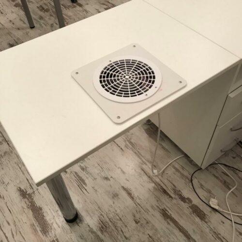 вентилятор в столе