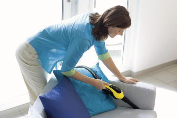 очищение дивана пароочистителем