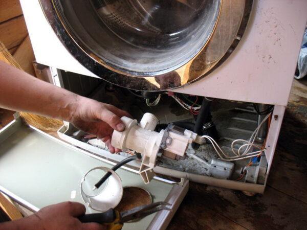 доступ к помпе стиральной машины