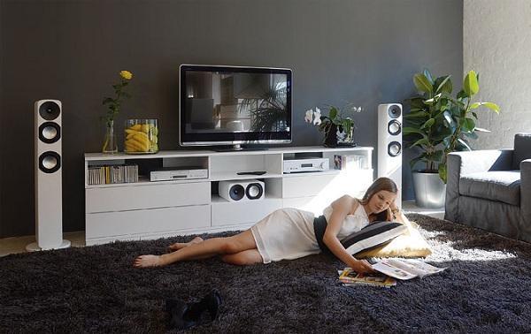 Аудіо, Фото, Відео  Во Києві проигрыватель виниловых пластинок Від Компанії