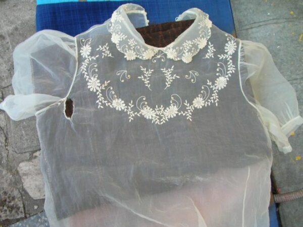 сожженная утюгом блузка