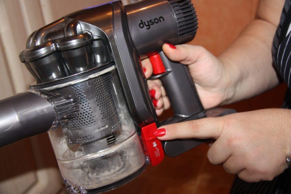 Дайсон пылесос как открыть dyson home cleaning accessory kit