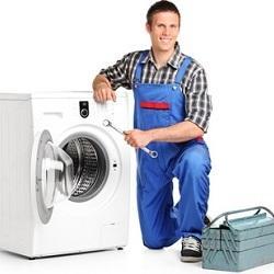 Течет стиральная машина снизу: причины