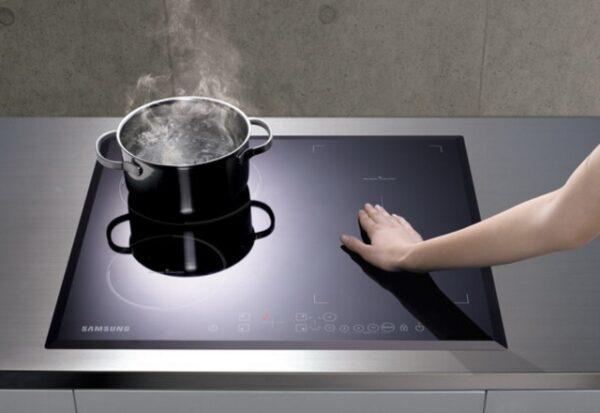 индукционная плита не горячая
