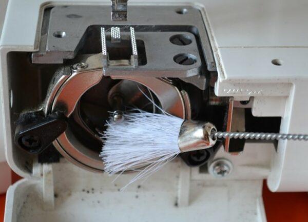 чистка швейной машинки
