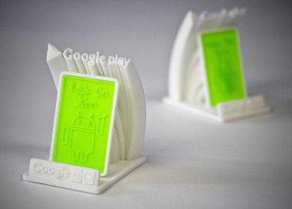 логотип google play на 3д принтере