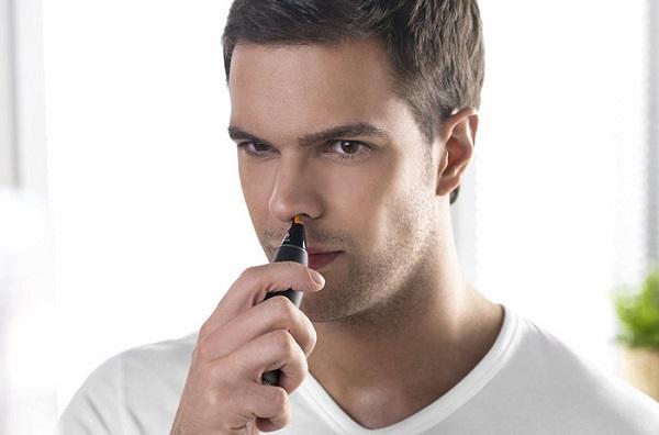 Триммер для удаления волос в носу
