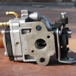 Как выбрать бензотриммер по типу конструкции и двигателю. Советы покупателям
