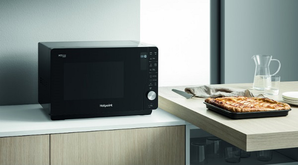 Hotpoint Extra Space Crisp