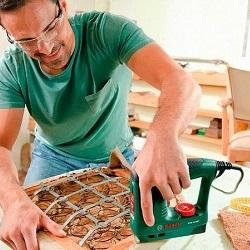Правила использования строительного степлера