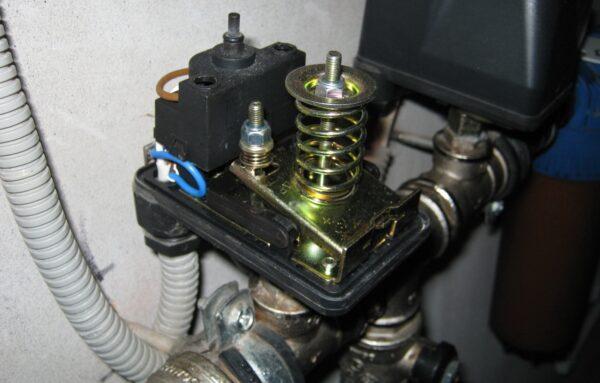 механическое реле давления