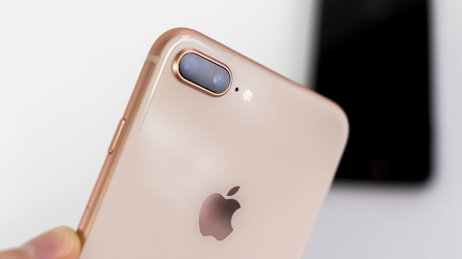 Apple iPhone 8 Plus камера