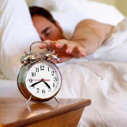 Ученые доказали, что просыпаться нужно под мелодичное звучание будильника