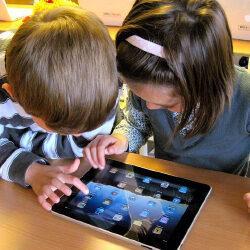 Как выбрать планшет ребенку: лучшие модели для малышей и школьников