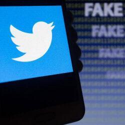 Администраторы Twitter начнут маркировать фейковые сообщения о коронавирусе