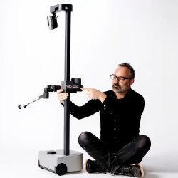 Бывший директор Google создал домашнего робота