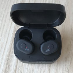 Наушники JVC HA-A10T: хороший звук по доступной цене