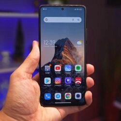 Xiaomi 11T Pro: стоит ли покупать новый флагман компании?